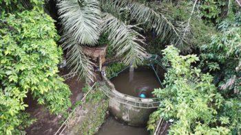 Een installatie in Bali die een school voorziet van groene stroom.